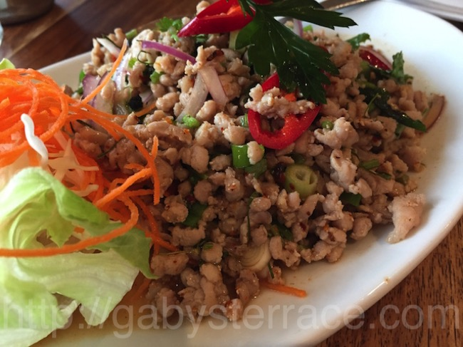 ヴィクトリアパークのRed Basil Thai Cuisine