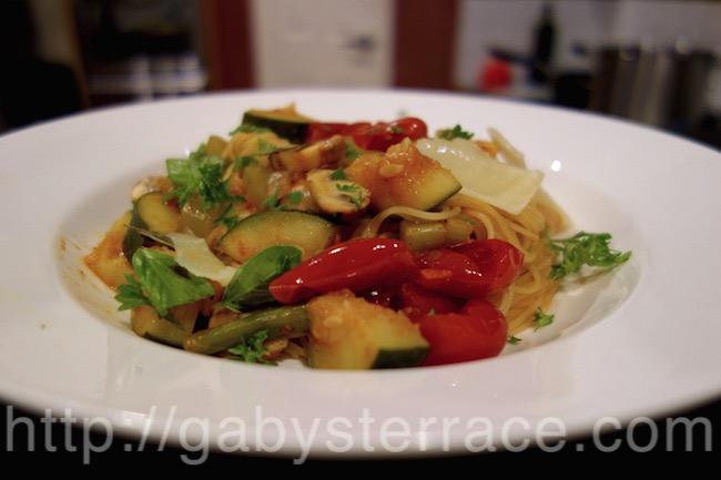 冷蔵庫一掃、残り野菜でカッペリーニ
