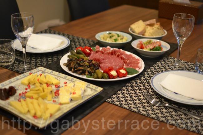 冷製おつまみと簡単サラダで家飲みを楽しむ